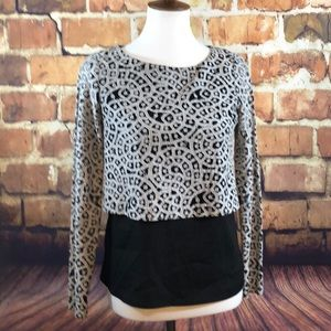 Gianni Bini XS black & white  lace layered blouse